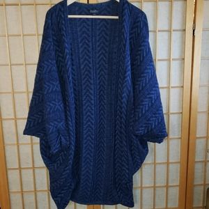 Lucky brand boho sweater, wore once.
